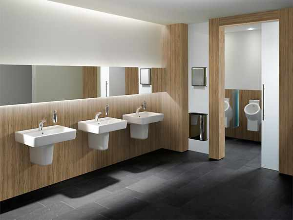 exclusive bath design with wall design look like wood